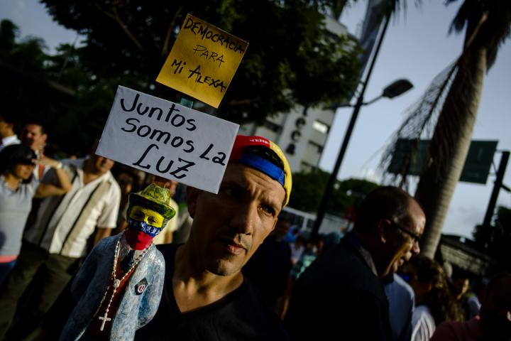 Marcha de las Luces 17 de mayo por Gabriel Mendez -1