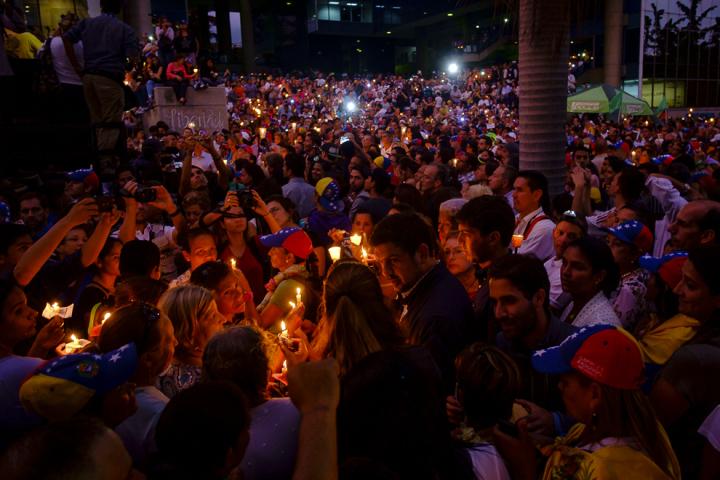 Marcha de las Luces 17 de mayo por Gabriel Mendez -6