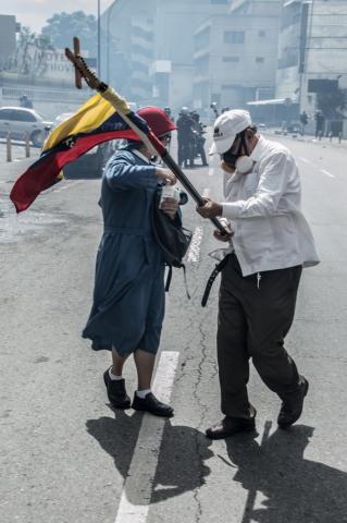 CaoSanchez_Protesta10JunioCaracas-2