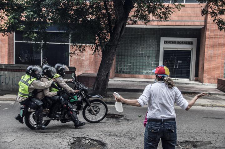 CaoSanchez_Protesta10JunioCaracas-3